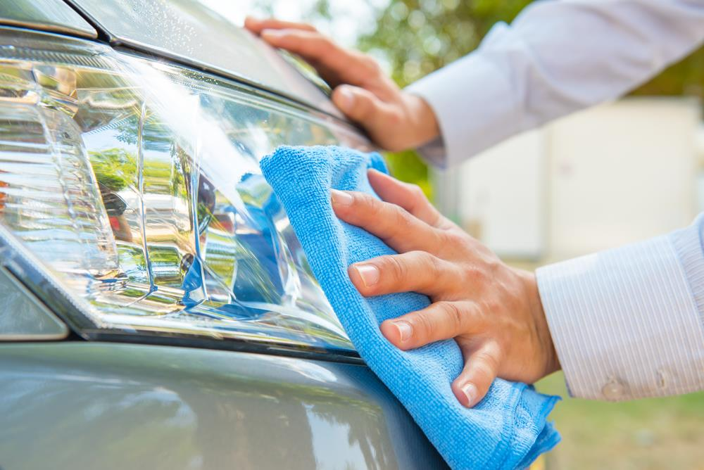 How To Spray An Automotive Clear Coat Drivingtests101 Com
